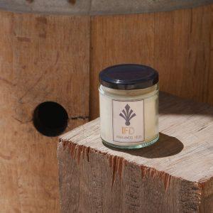 Fragances Déco - collection autour du vin - bougie barrique - bois de Teck